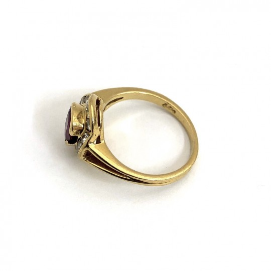 Bague or jaune, Rubis et Diamants